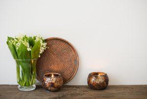 El color bronce en la decoración de hogar